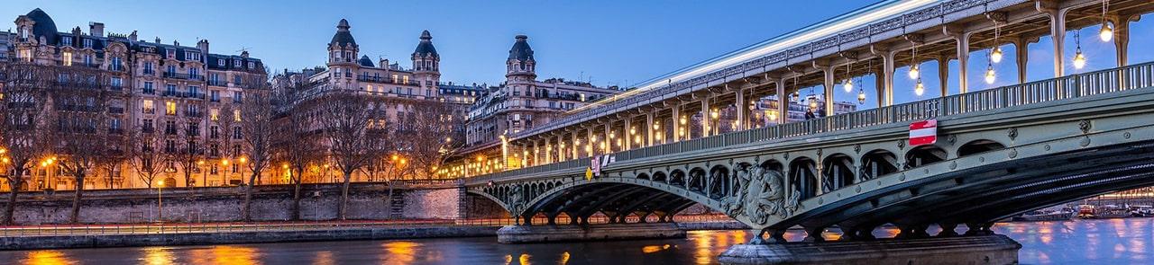 Visiter Paris avec votre chauffeur privé / VTC