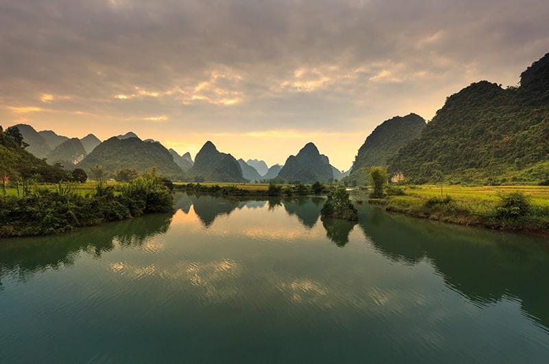 Lac du nord du Vietnam